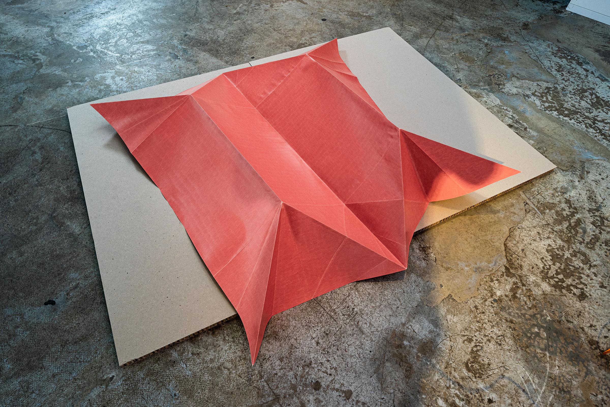 PIG_Faltung_Fleischfarbe mittel, 2020